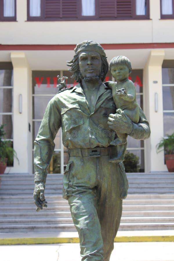 Statue Che und des Kindes in Santa Clara, Kuba lizenzfreies stockbild