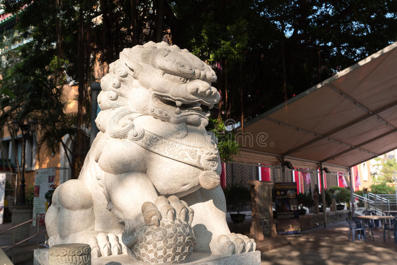 Statue chinoise de lion en Wong Tai Sin, temple chinois en Hong Kong photo stock