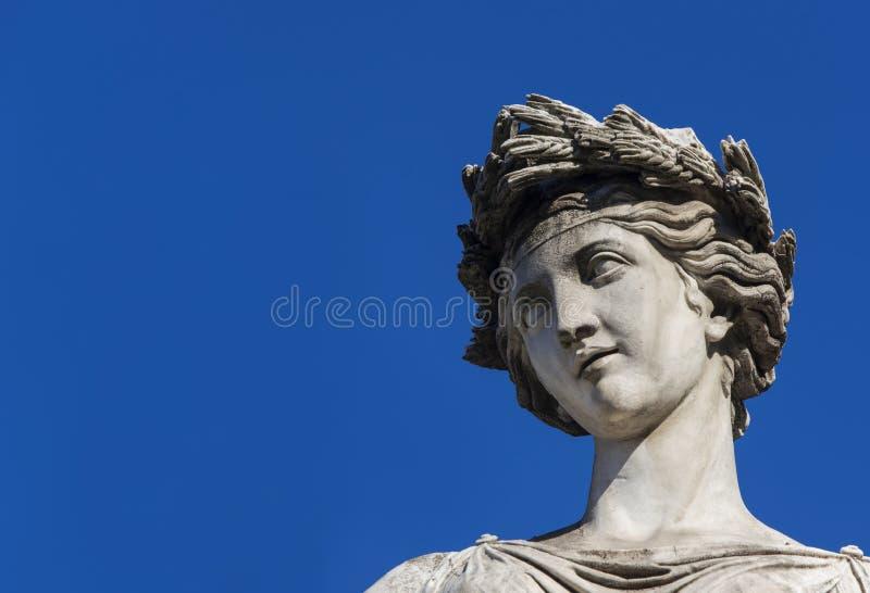Statue classique de déesse photographie stock