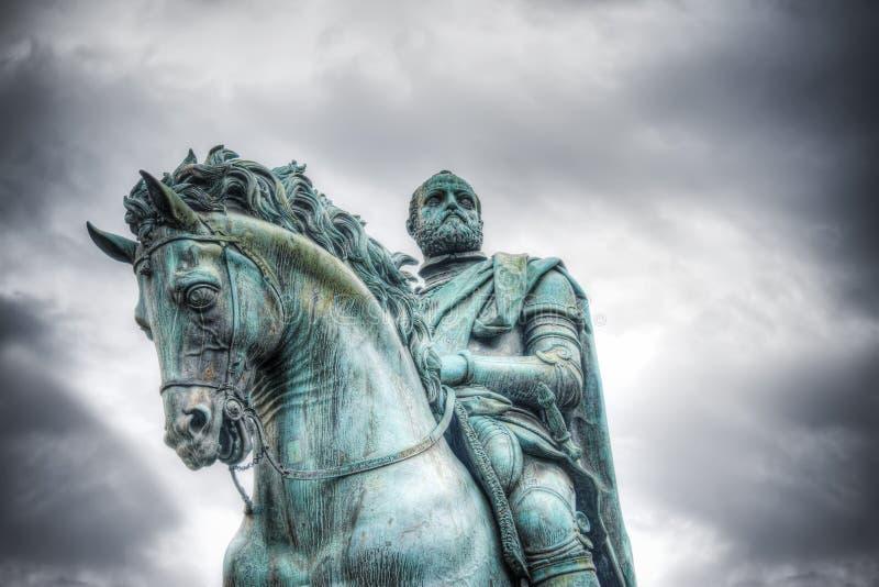 Statue Cosimo I in Marktplatz della Signoria in Florenz stockfotos