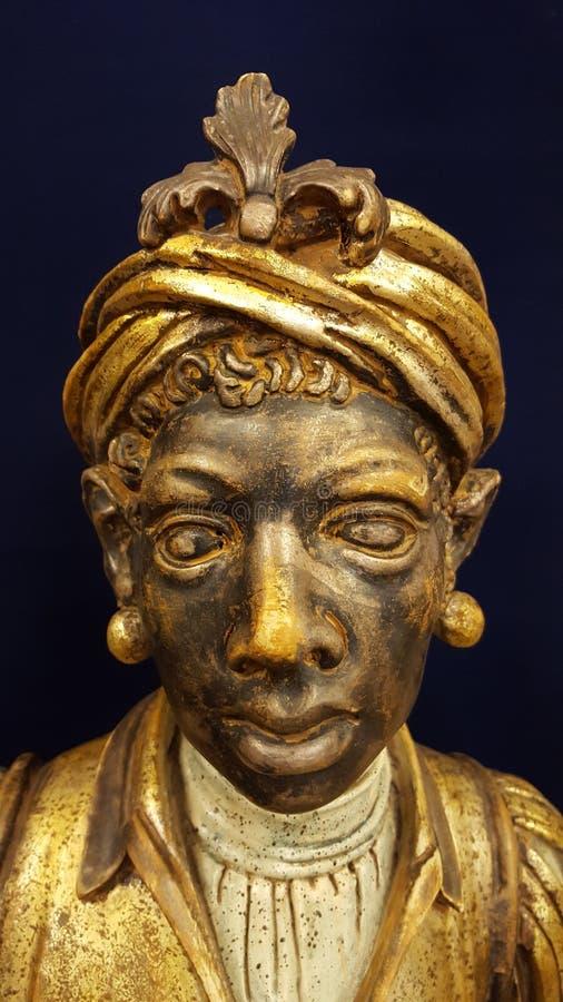 Statue découpée images stock