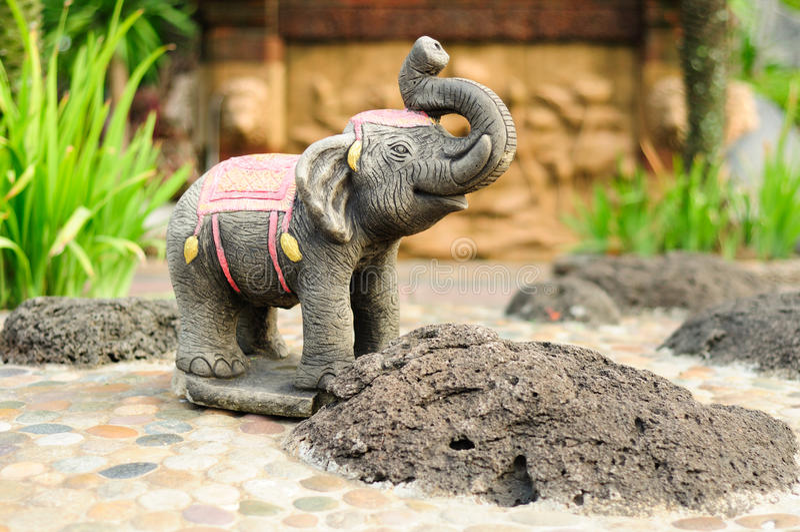 Statue d'éléphant asiatique. photo stock