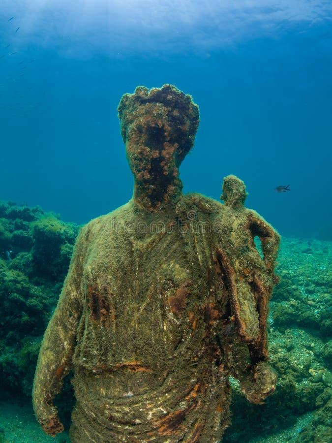 Statue d'Antonia Minor dans Claudio's Ninfeum sous-marin, voûte image stock