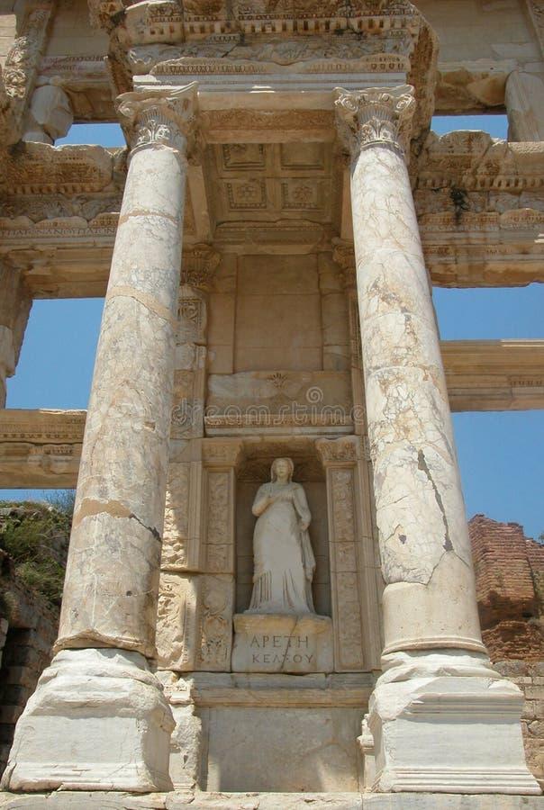 Statue d'Arete à la bibliothèque de Celcus dans Ephesus, Turquie photos stock