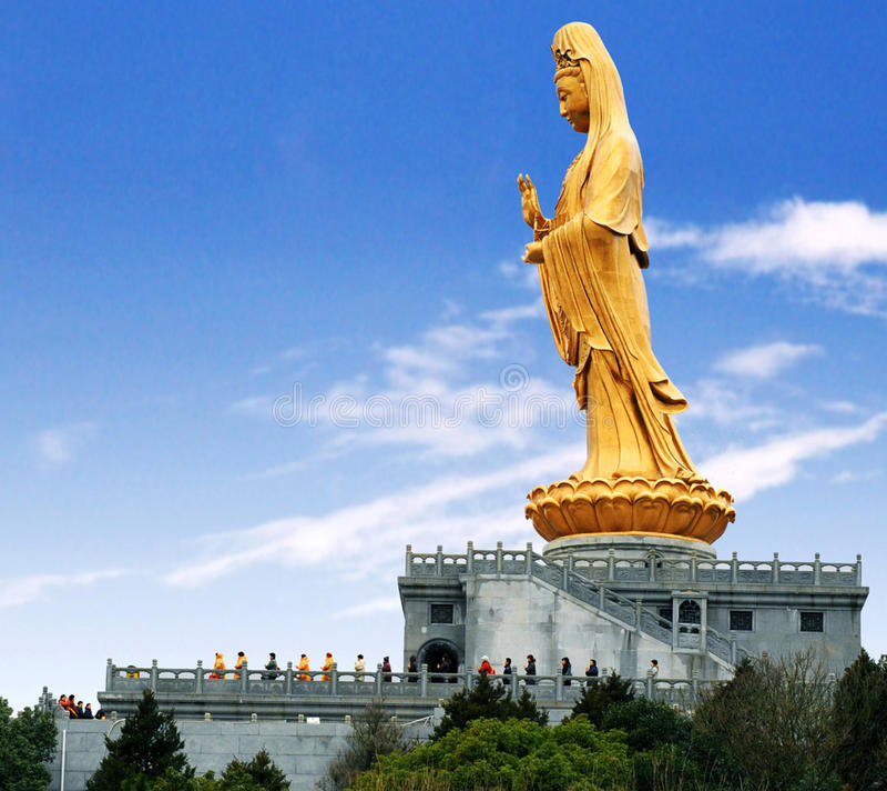 Statue d'or de la déesse de la pitié images libres de droits