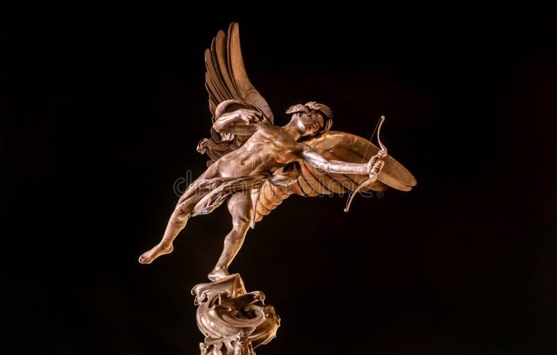 Statue d'eros Dieu mythologique grec de l'amour au mémorial photographie stock