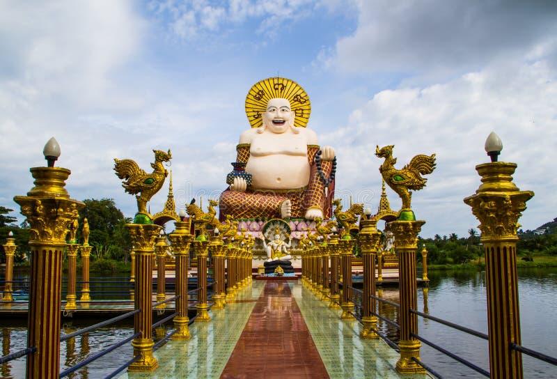 Statue d'un gros prêtre chinois images stock