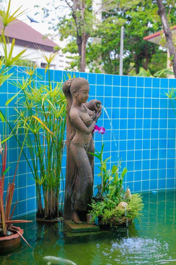 Statue dans l'hôtel photos libres de droits