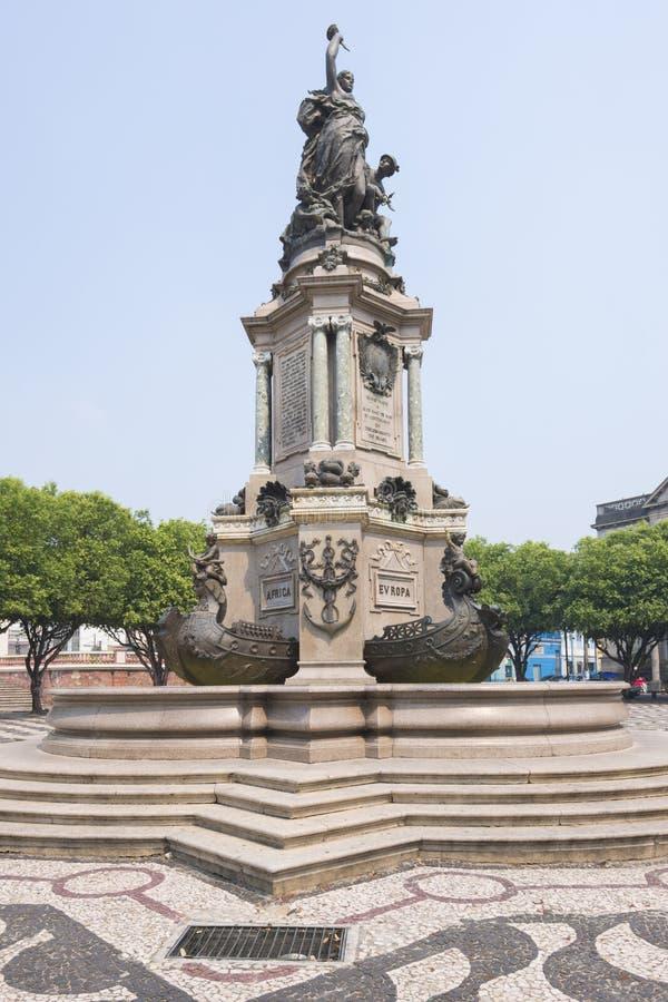 Statue dans l'hommage aux marins image stock