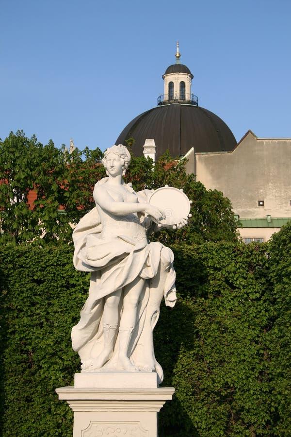 Statue dans les jardins de palais de belvédère, Vienne, Autriche photo libre de droits
