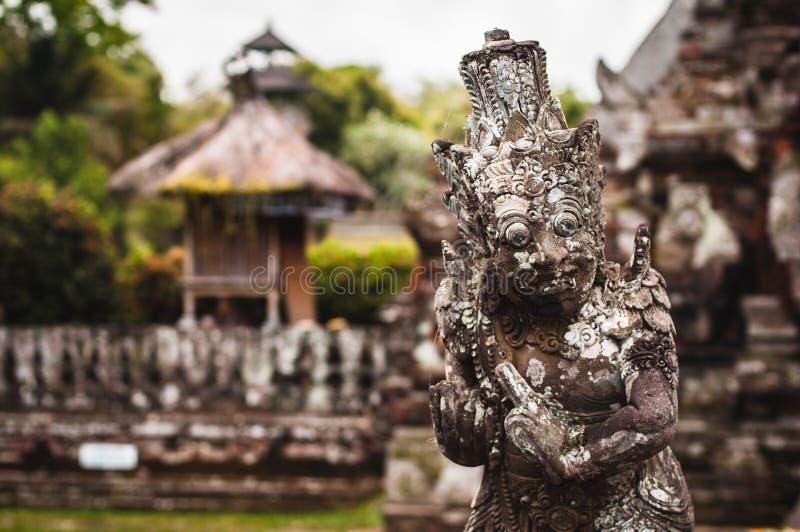 Statue dans Pura Taman Ayun photographie stock