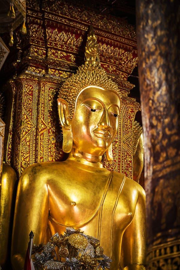 Statue de Bouddha au temple de Wat Phumin Nan Province Thailand photos stock