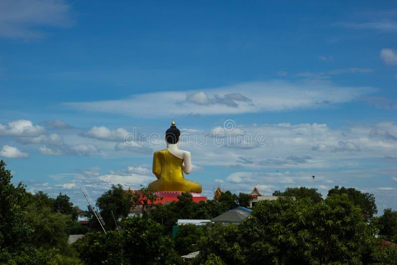 Statue de Bouddha, Wat Khiri Wong, Nakhon Sawan, Thaïlande photos libres de droits