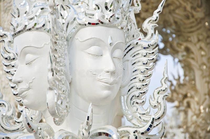Statue de Brahma dans Wat Rong Khun, Thaïlande. image stock