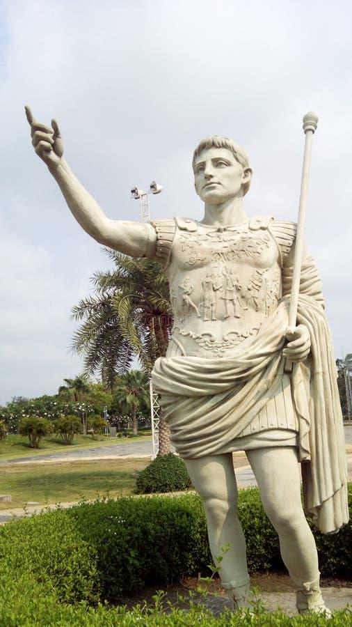 Statue de César photographie stock libre de droits