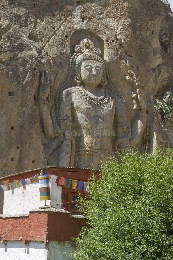 Statue de Chamba dans le village de Mulbekh, Ladakh images libres de droits