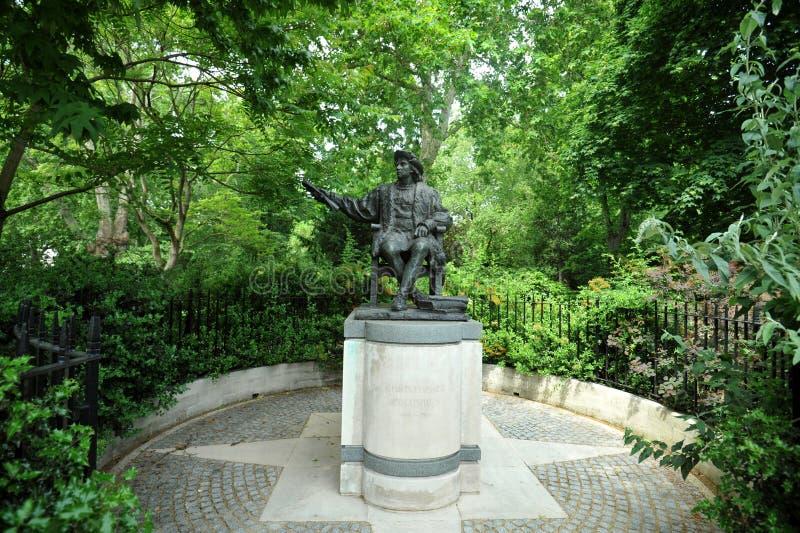 Statue de Christopher Columbus à la place de Belgrave, Londres Angleterre R-U images stock