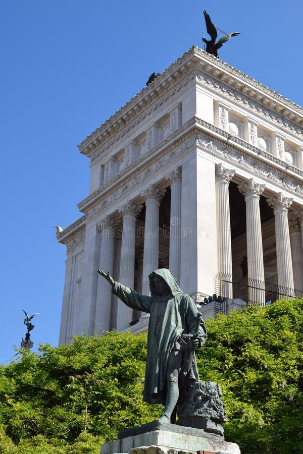 Statue de Cola Di Rienzo par Girolamo Masini images stock