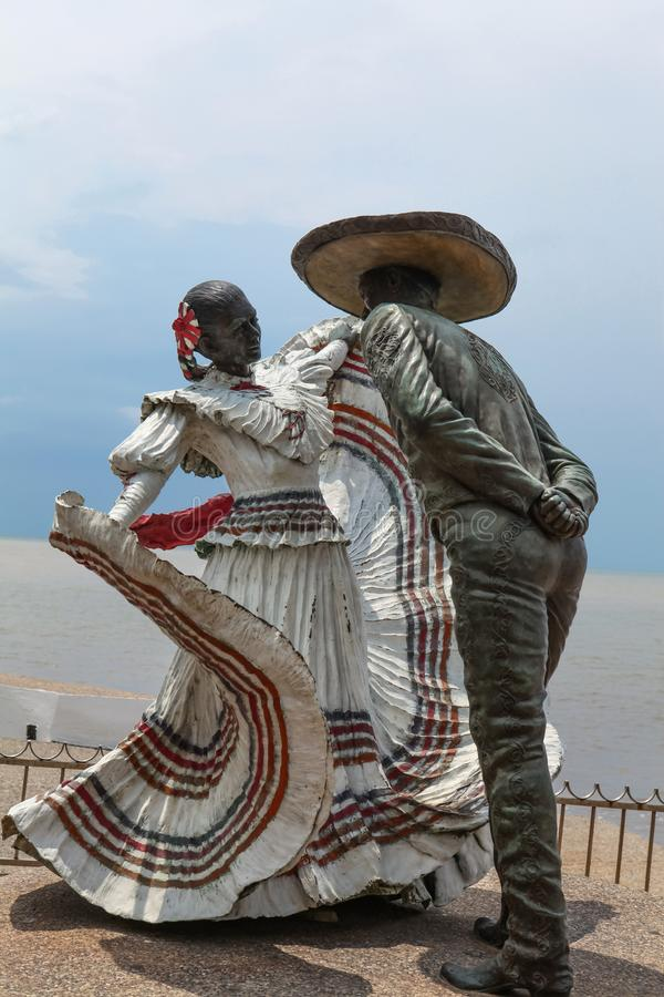 Statue de danseurs de Vallarta dans Puerto Vallarta, Mexique photographie stock