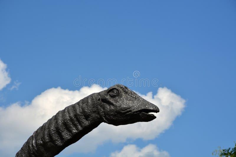 Statue de dinosaure photographie stock