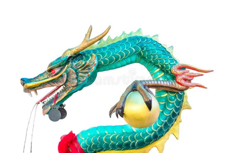Statue de dragon vert d'isolement sur le fond blanc photos stock