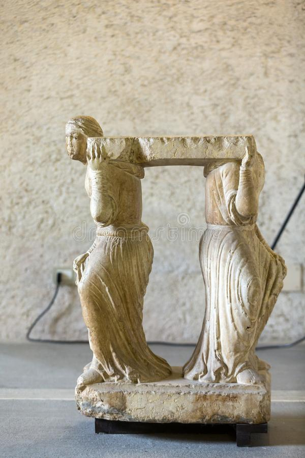 Statue de femme dans le musée de Castelvecchio vérone photographie stock