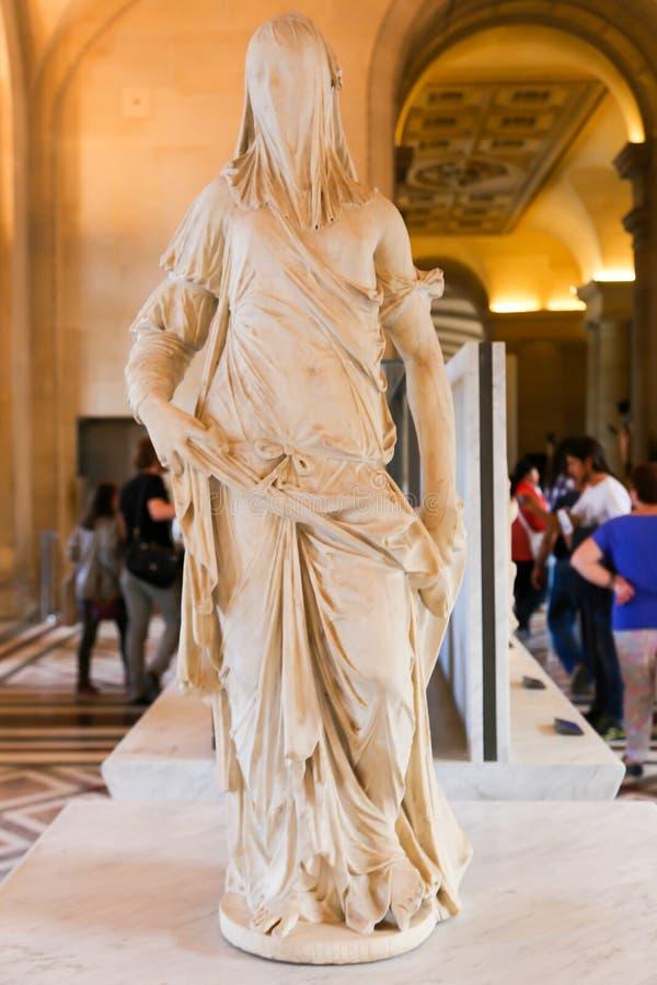 Statue de femme - musée de Louvre - Paris images libres de droits