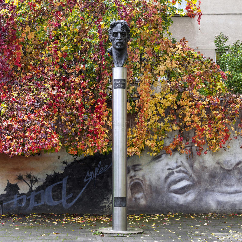Statue de Frank Zappa photos libres de droits