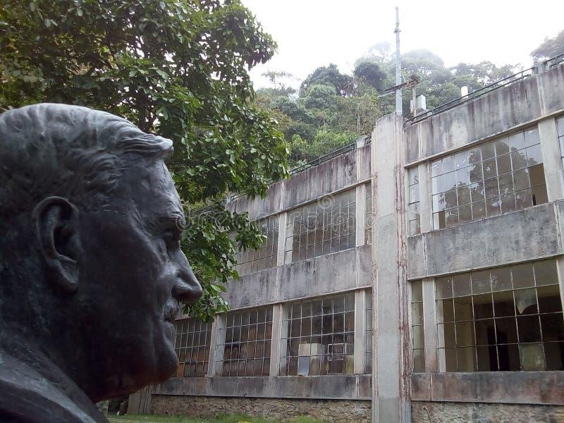 Statue de Henri Pittier dans la station biologique Rancho grand images stock