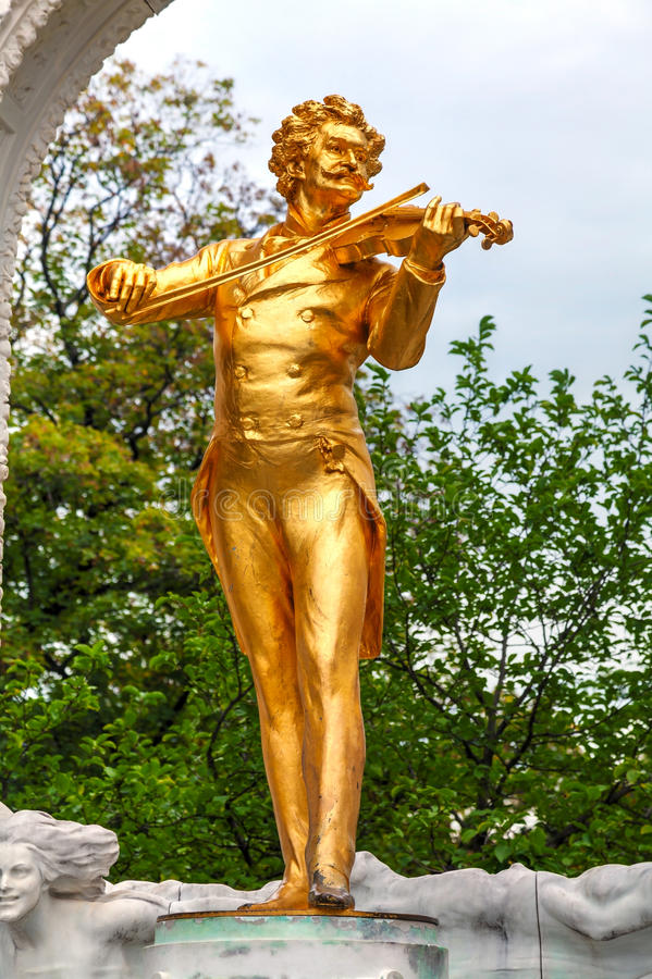 Statue de Johann Strauss chez Stadtpark à Vienne photo stock
