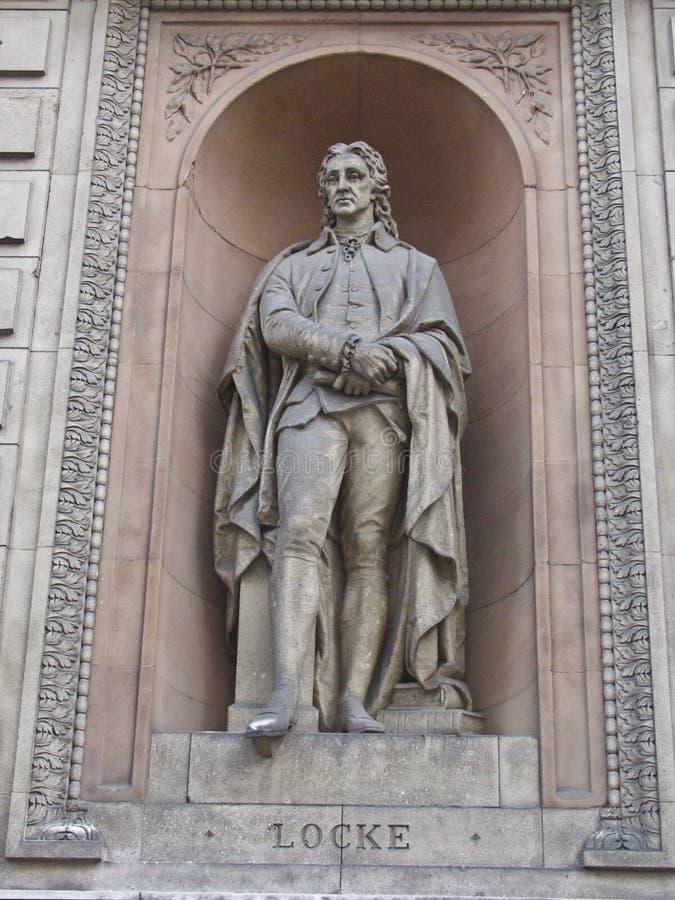 Statue de John Locke, de philosophe et de médecin, Londres photographie stock