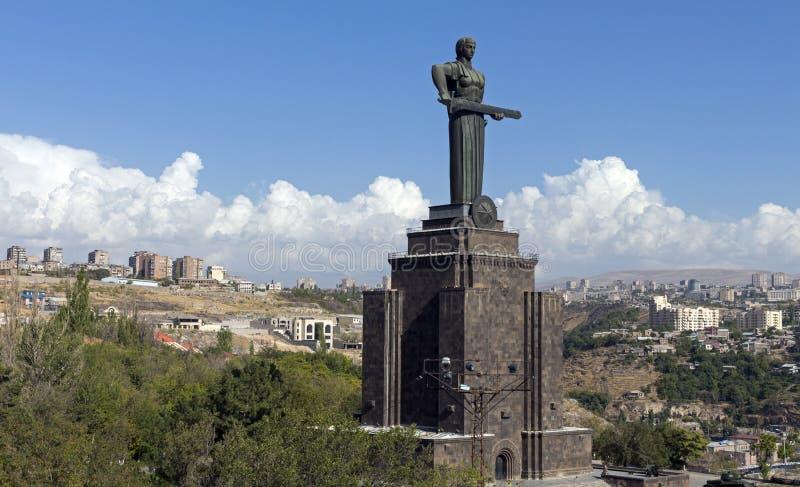 Statue de l'Arménie de mère image stock
