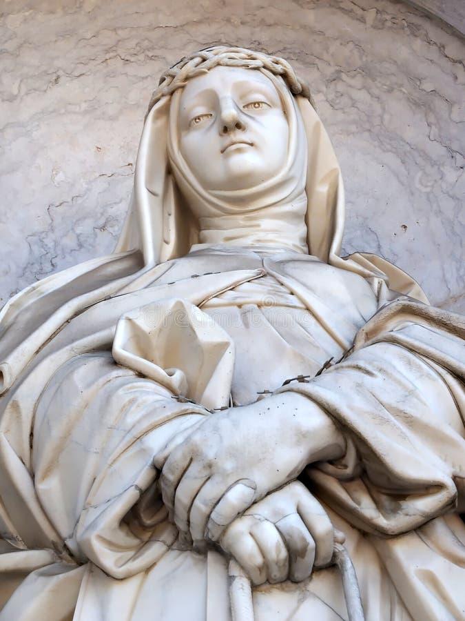 Statue de la basilique DA Estrela à Lisbonne image stock