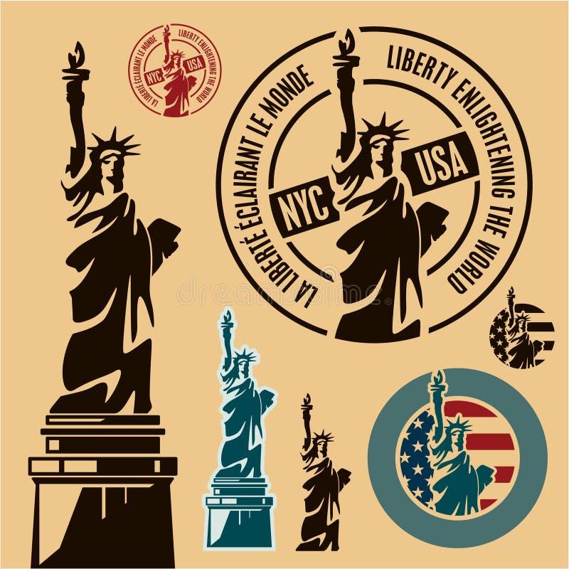 Statue de la liberté et du coucher du soleil de New York City illustration libre de droits