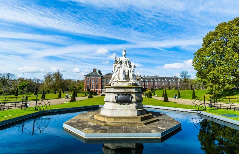 Statue de la Reine Victoria photographie stock libre de droits