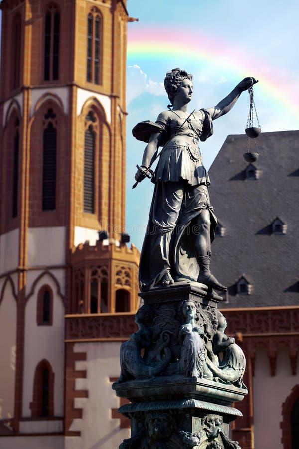 Statue de Madame Justice Justitia à Francfort, Allemagne photographie stock