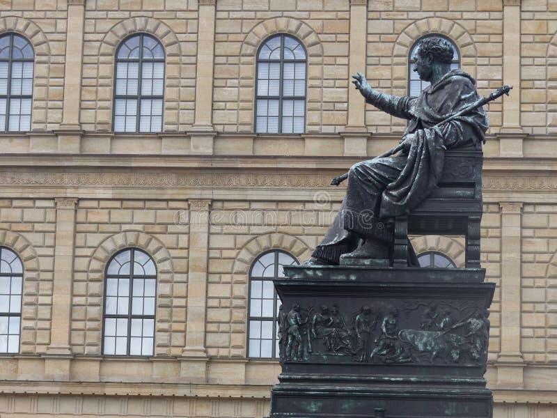 Statue de Maximilian du Roi I de la Bavière du côté Munich, Allemagne image libre de droits