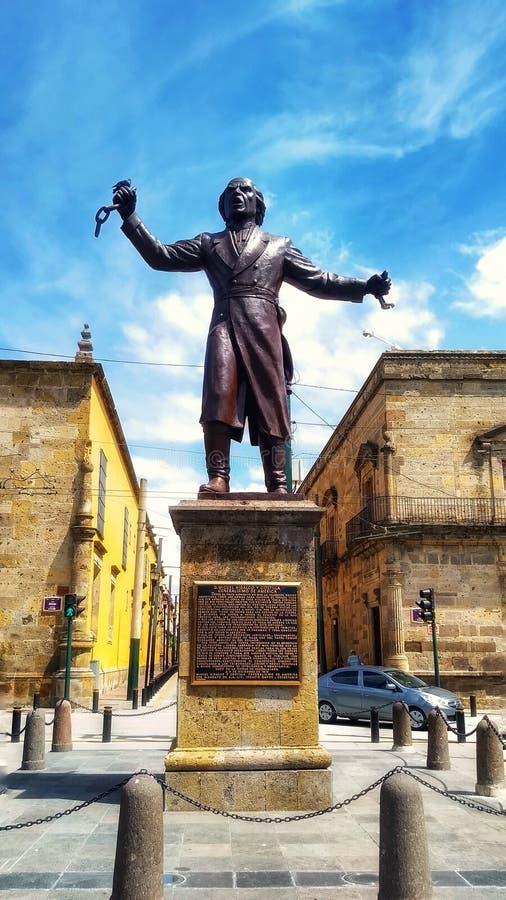 Statue de Miguel Hidalgo images stock