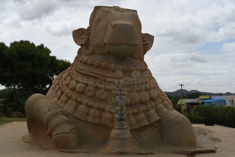 Statue de Naandi, Inde de Lepakshi image libre de droits