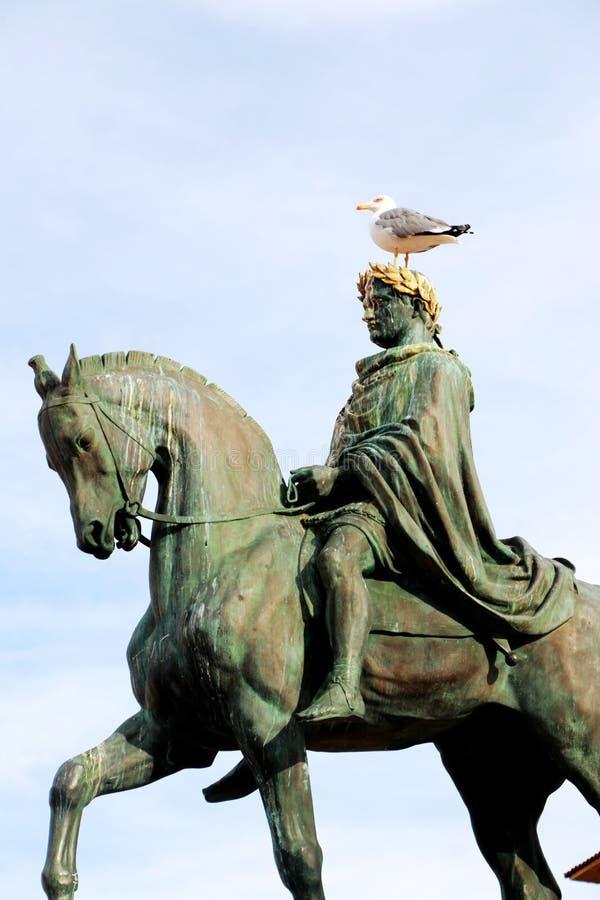 Statue de Napoleon Bonaparte sur un cheval dans la place de Diamant, Ajaccio, Corse, France images stock