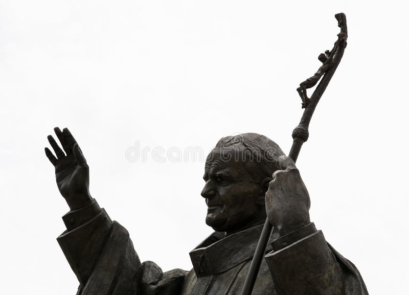 Statue de pape John Paul II dans la ville de Nitra photographie stock libre de droits