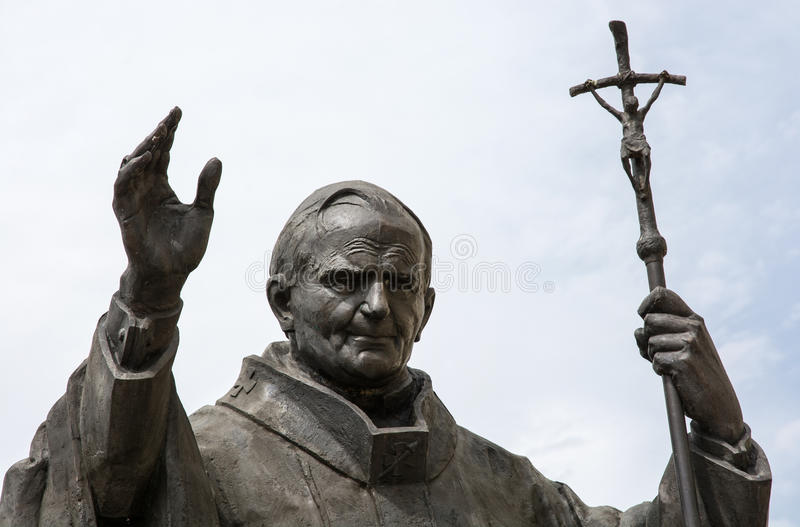 Statue de pape John Paul II dans Nitra photo libre de droits