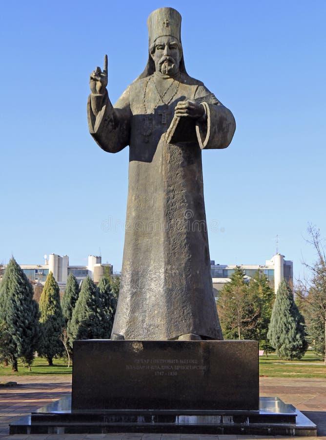 Statue de Petar I Petrovic Njegos à Podgorica photos stock