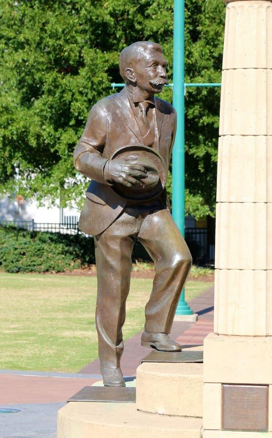 Statue de Pierre De Coubertin images libres de droits