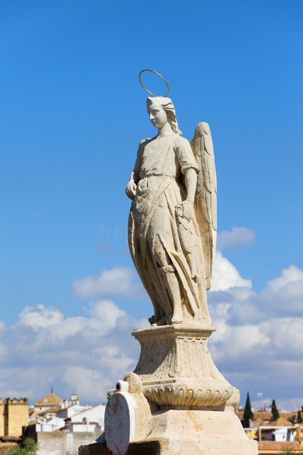Statue de Raphael d'archange à Cordoue photos libres de droits