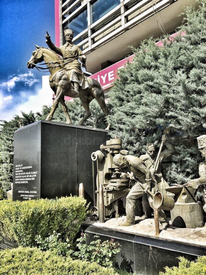 Statue de rk de ¼ d'Atatà image libre de droits