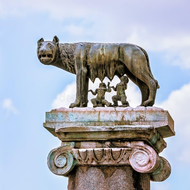 Statue de Romulus et de remus photographie stock