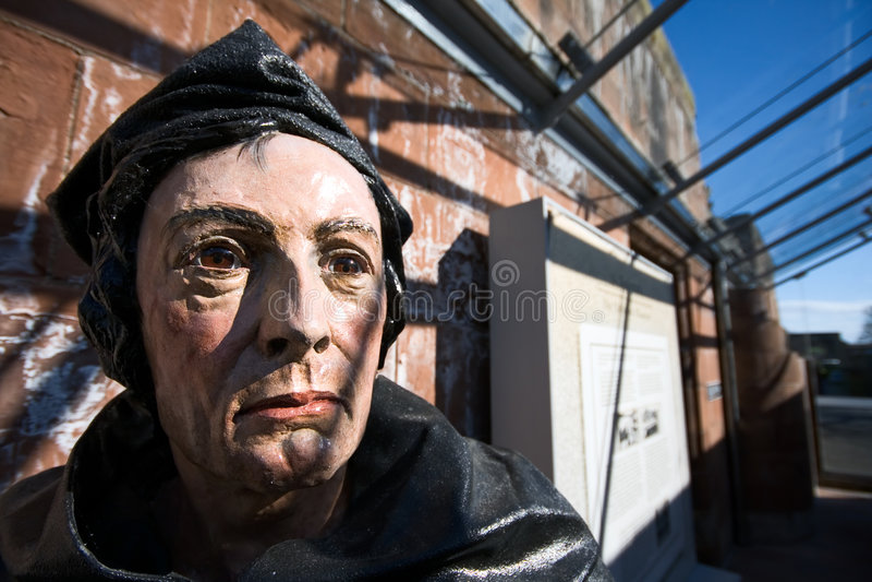 statue de rue de moine de cathédrale d'andrews image stock
