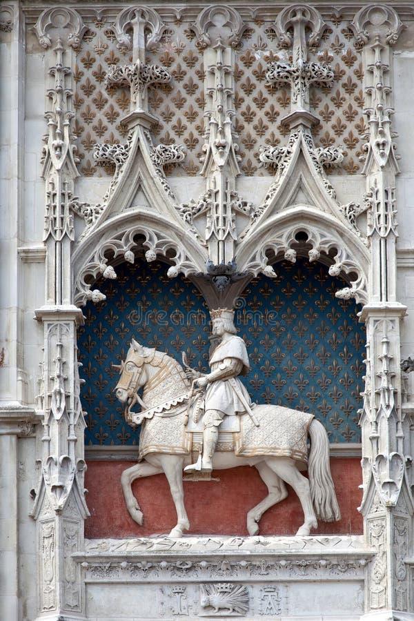 Statue de saint Joan d'arc dans Blois image stock