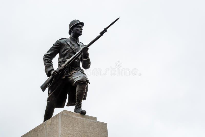 Statue de soldat de guerre mondiale images stock